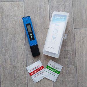 PH-metre-bleu